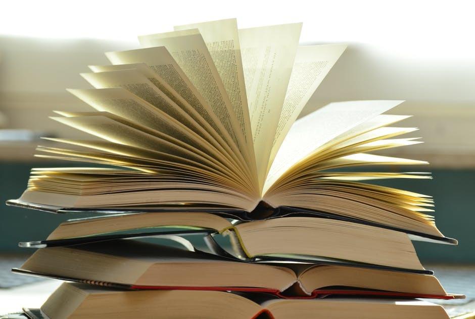 Att ta hand om sina gamla böcker
